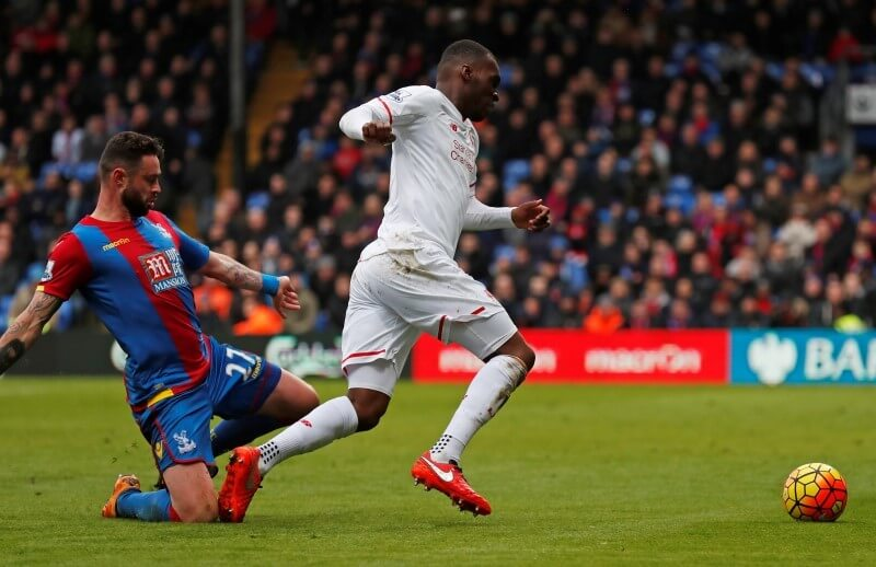 Football Soccer - Crystal Palace v Liverpool - Barclays Premier League - Selhurst Park - 6/3/16 Crystal Palace's Damien Delaney fouls Liverpool's Christian Benteke resulting in a penalty  Reuters / Eddie Keogh