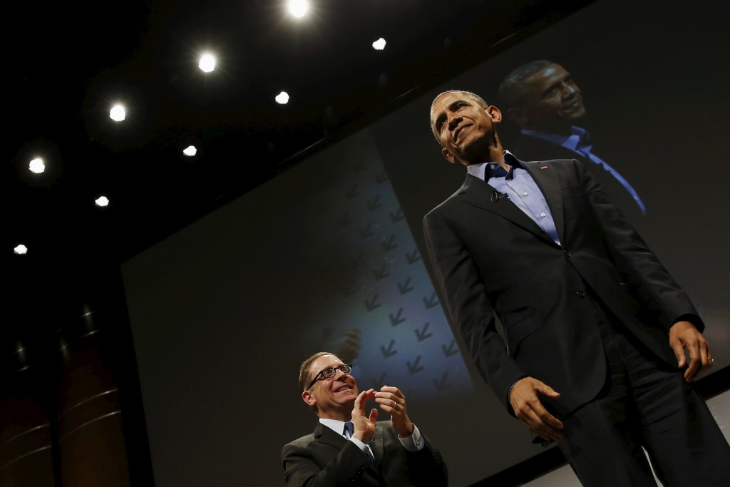 U.S. President Barack Obama concludes an onstage interview with Texas Tribune Editor Evan Smith (L) at the South by Southwest Interactive in Austin, Texas March 11, 2016. REUTERS/Jonathan Ernst