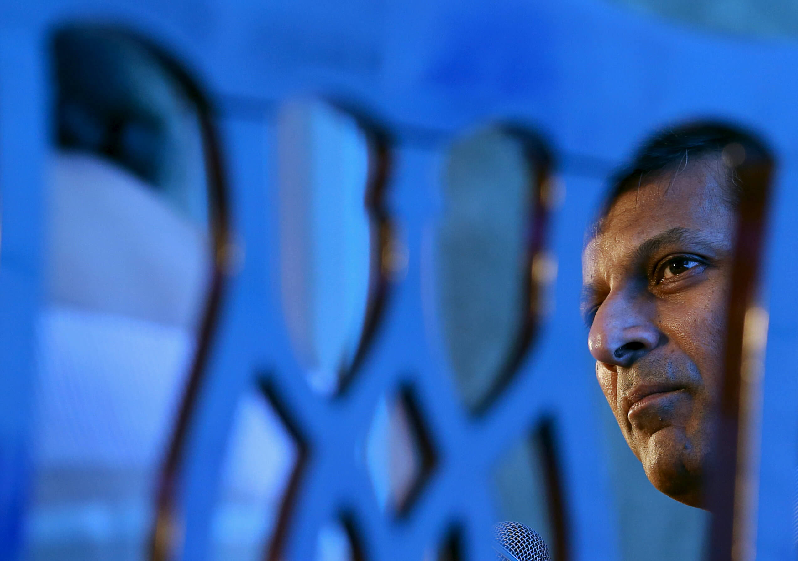 Reserve Bank of India (RBI) Governor Raghuram Rajan attends an industry event in Mumbai, India, August 20, 2015. REUTERS/Danish Siddiqui/File Photo